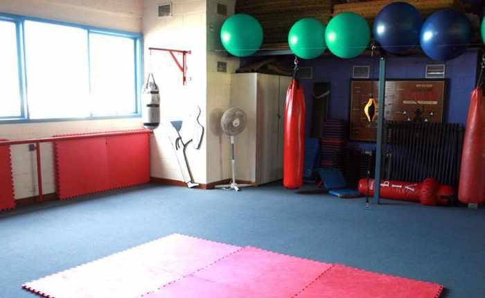 Вентиляция спортзала по карате обеспечивает естественную тягу