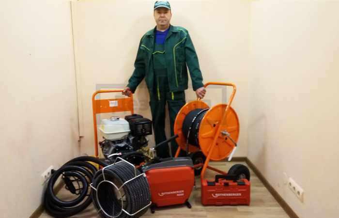 Оборудование для быстрого устранения засоров в канализации