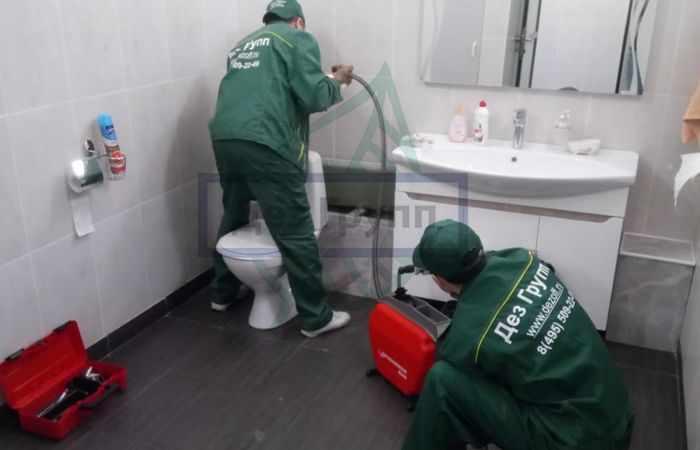 Прочистка канализационных труб в квартире - советы специалистов Дез Групп