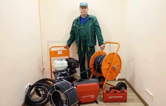 Прочистка дренажной системы профессиональным оборудованием