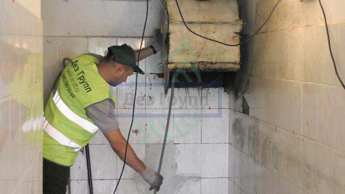 Обработка мусоропроводов в домах по